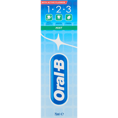 Oral-B 1.2.3 Mint Tandpasta