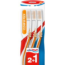 Aquafresh Clean&Flex Medium tandenborstel 2+1 gratis